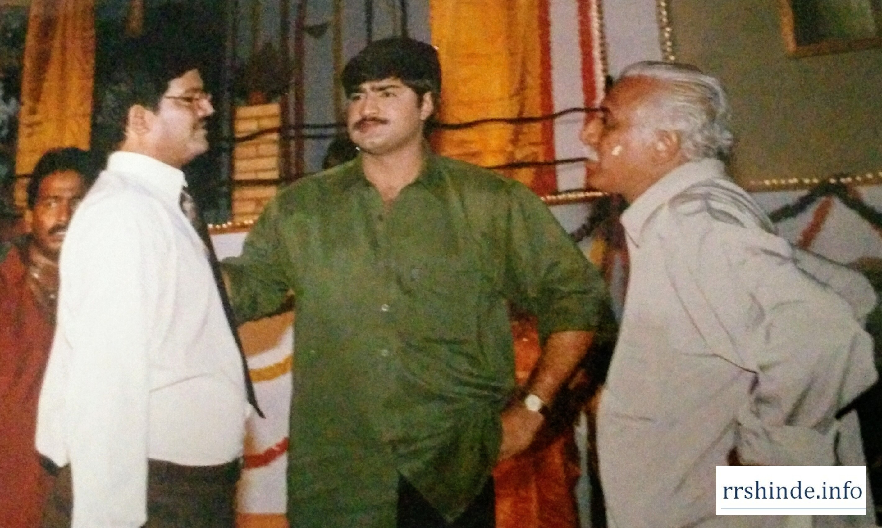 R.R Shinde on sets of Ninne Premistha